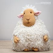 """Куклы и игрушки ручной работы. Ярмарка Мастеров - ручная работа Подушка """"Овечка кудрявая"""" - символ 2015 года. Handmade."""