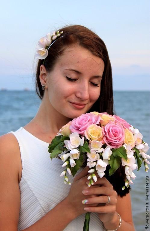 Свадебные цветы ручной работы. Ярмарка Мастеров - ручная работа. Купить Букет с фрезиями и розами. Handmade. Букет из полимерной глины