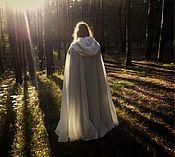 """Одежда ручной работы. Ярмарка Мастеров - ручная работа """"Лунный свет"""" плащ белый с серебром. Handmade."""