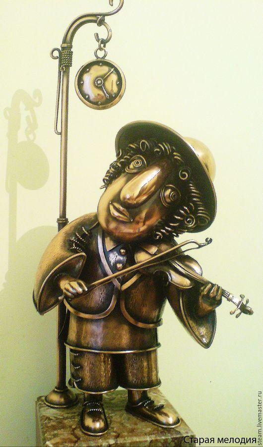 """Статуэтки ручной работы. Ярмарка Мастеров - ручная работа. Купить медная скульптура """" Старая мелодия"""". Handmade. Золотой, медь"""