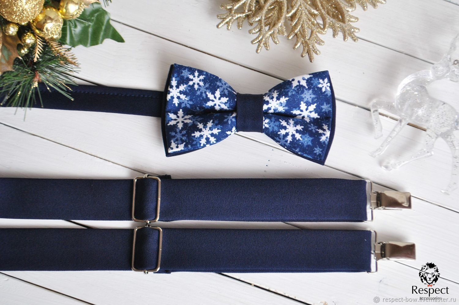 Dark blue suspenders complete with Christmas blue bow tie with snowflakes to buy in Moscow with delivery to Russia in the online shop of butterflies and suspenders Respect Accessories