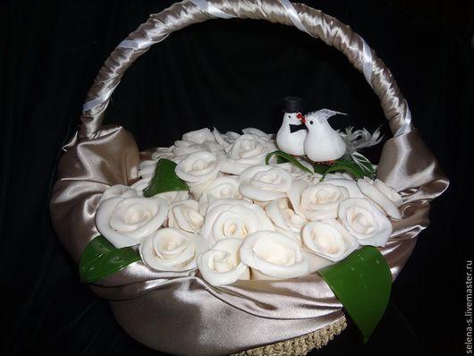 """Подарки на свадьбу ручной работы. Ярмарка Мастеров - ручная работа. Купить Корзина роз """"Свадьба"""". Handmade. Букеты из мыла, Молодоженам"""