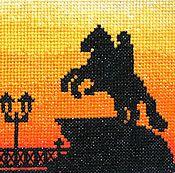"""Картины и панно ручной работы. Ярмарка Мастеров - ручная работа Вышивка крестом """"Медный всадник"""" оранжевые краски неба. Handmade."""