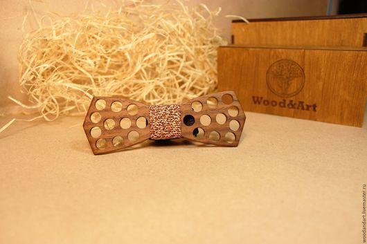 Галстуки, бабочки ручной работы. Ярмарка Мастеров - ручная работа. Купить Деревянная галстук- бабочка Light.. Handmade. Коричневый, новыйгод