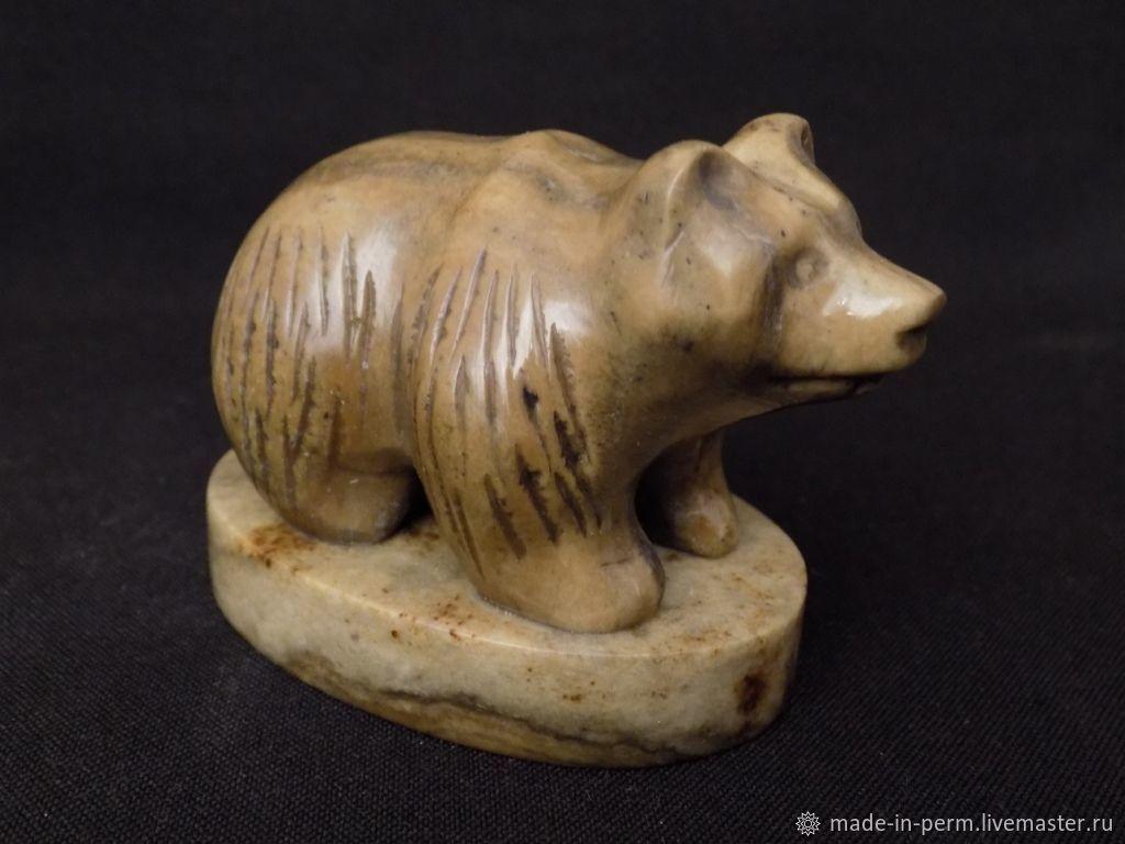 Маленький Бурый Медведь на постаменте - фигурка из камня Кальцит, Статуэтки, Орда,  Фото №1