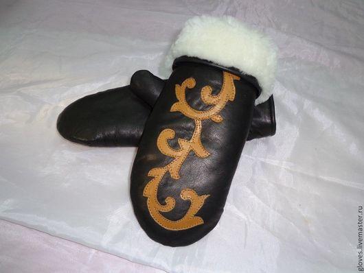 Варежки, митенки, перчатки ручной работы. Ярмарка Мастеров - ручная работа. Купить Варежки кожаные женские c аппликацией на натуральном меху овчина. Handmade.
