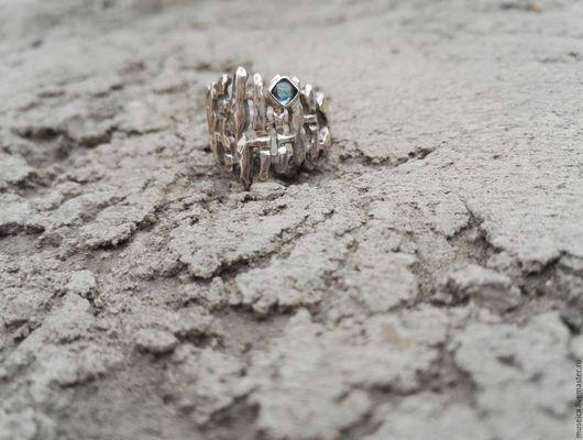 """Кольца ручной работы. Ярмарка Мастеров - ручная работа. Купить Серебряное кольцо """"Решетка"""". Handmade. Серебряный, топаз, топаз натуральный"""