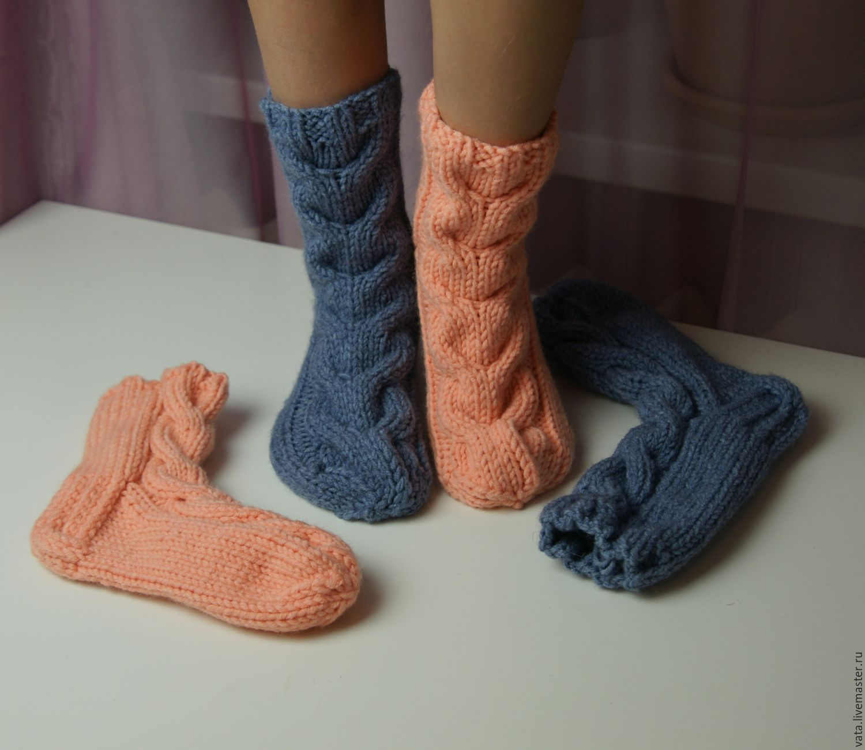 Мастера по вязанию носков спицами