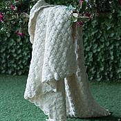 Для дома и интерьера ручной работы. Ярмарка Мастеров - ручная работа Вязаный крючком ажурный чистошерстяной белый плед. Handmade.