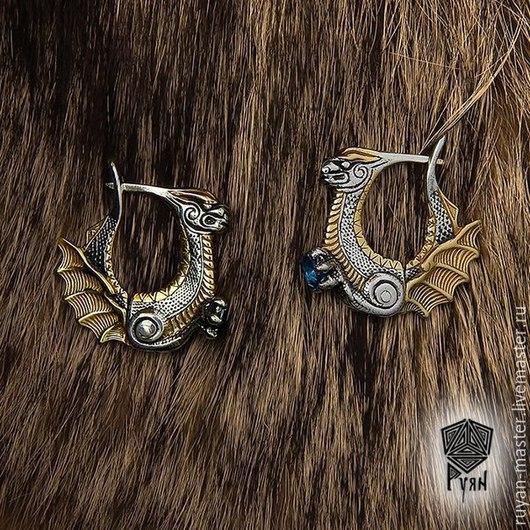 Серьги `Драконы охраняющие сокровище` с топазом