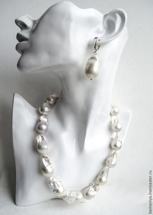 Колье, бусы ручной работы. Ярмарка Мастеров - ручная работа. Купить Ожерелье из крупного жемчуга Барокко. Handmade. Белый