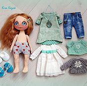 Куклы и игрушки ручной работы. Ярмарка Мастеров - ручная работа Кукла с набором одежды. Handmade.