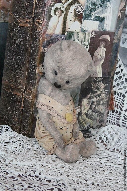 В фото использована работа Мастера по декупажу Астраханцевой Елены  ( старинная шкатулка )