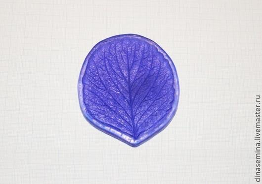 Молд лист земляника/клубника 1шт - 120 руб