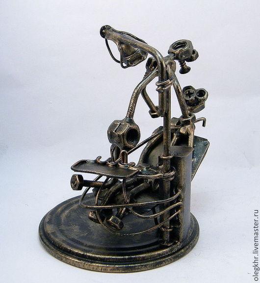 Миниатюрные модели ручной работы. Ярмарка Мастеров - ручная работа. Купить Стоматолог. Handmade. Сувенир из гаек, скульптурная миниатюра, проволока
