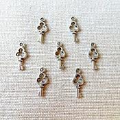 Материалы для творчества ручной работы. Ярмарка Мастеров - ручная работа Подвеска ключ малый, античное серебро. Handmade.