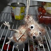 """Куклы и игрушки ручной работы. Ярмарка Мастеров - ручная работа Игрушка шутка """"В холодильнике мышь повесилась"""". Handmade."""