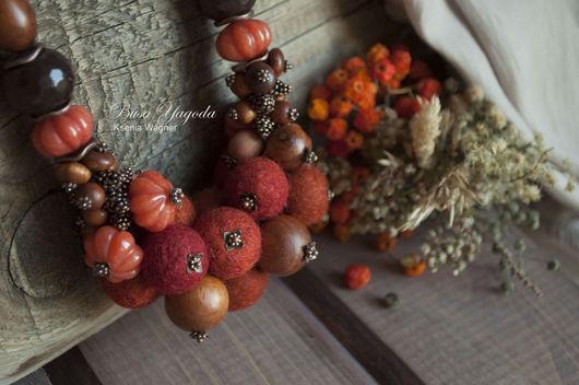 """Колье, бусы ручной работы. Ярмарка Мастеров - ручная работа. Купить Колье ручной работы """"Рябиновое"""". Handmade. Рыжий, ягоды"""