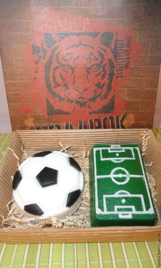 """Мыло ручной работы. Ярмарка Мастеров - ручная работа. Купить набор """"футбол-1"""". Handmade. Зеленый, набор мыло мужчине"""