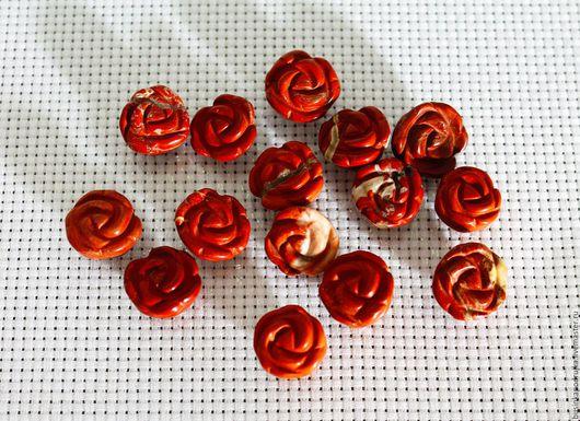 Резные розочки из красной яшмы. Размер: 13х8 мм, 16х10 мм. Цена за 1 шт.: 49 руб.