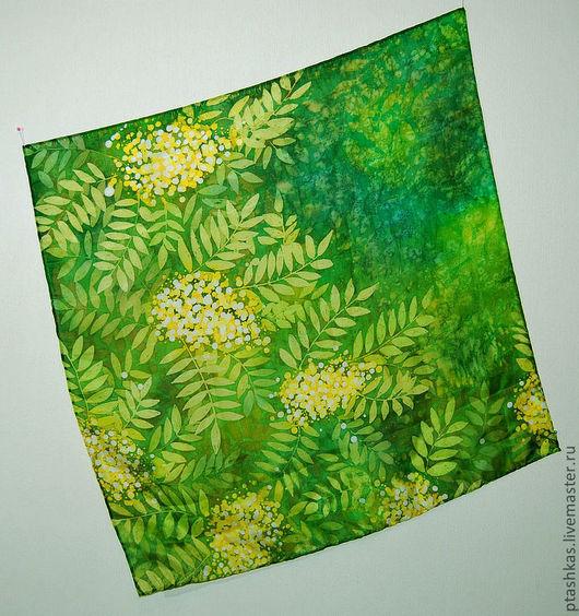 Шали, палантины ручной работы. Ярмарка Мастеров - ручная работа. Купить Батик платок Лесные тени. Handmade. Зеленый