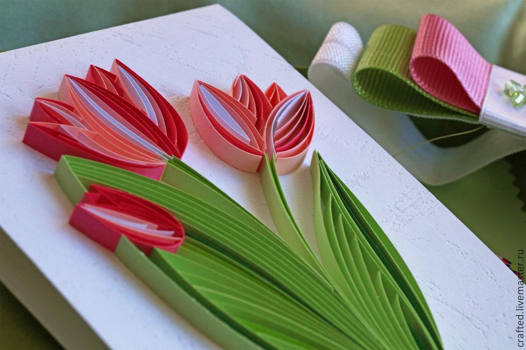 Открытка на 8 марта из квиллинга тюльпаны