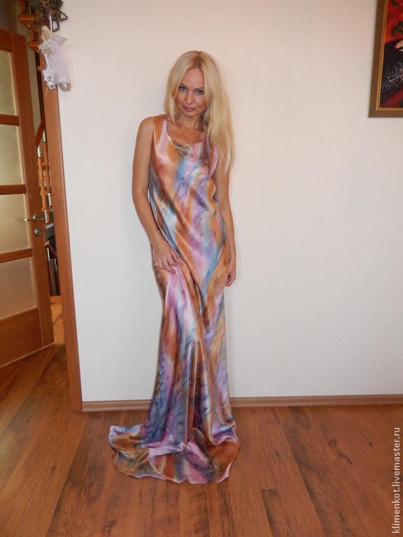 Платье раскроенное по косой