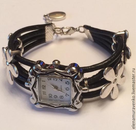 """Часы ручной работы. Ярмарка Мастеров - ручная работа. Купить Часы """"Яблоневый цвет"""". Handmade. Украшения ручной работы"""