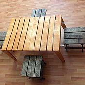 Стол и 4 табурета для пикника
