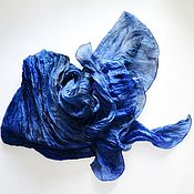 Аксессуары ручной работы. Ярмарка Мастеров - ручная работа синий с переходами цвета шелковый шарф женский шарф  ручная окраска. Handmade.