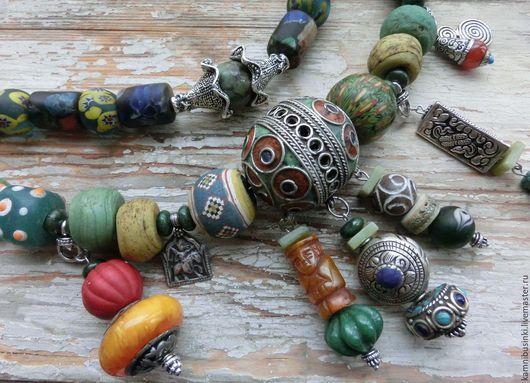 Бусы `Антикварная штучка` африканские украшения, этно стиль, этническое колье из марокканских, непальских, африканских и янтарных бусин - ручная работа Kamnibusinki.