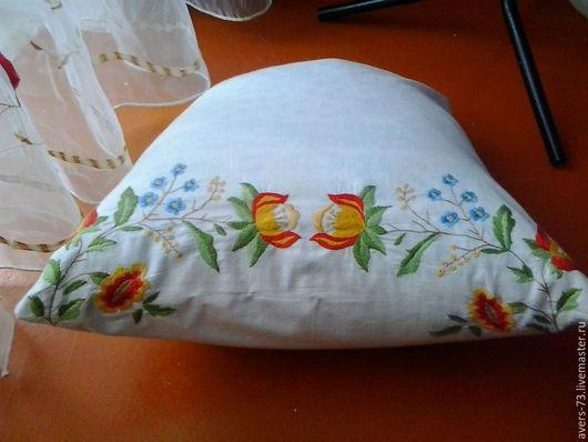 Текстиль, ковры ручной работы. Ярмарка Мастеров - ручная работа. Купить Наволочка на подушку. Handmade. Вышивка ручная, вышивка на заказ