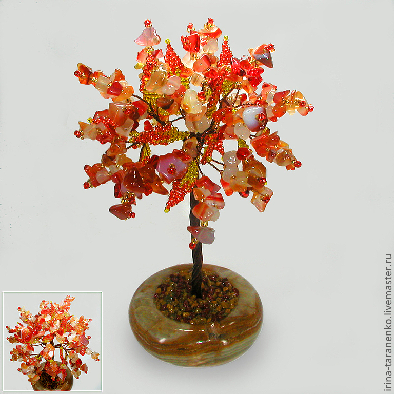 Tree of happiness from a sardonyx in the bowl onyx