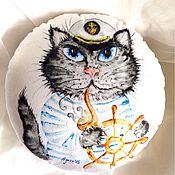 Для дома и интерьера ручной работы. Ярмарка Мастеров - ручная работа Круглая подушка с принтом Капитан. Handmade.