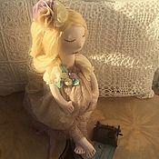 Куклы и игрушки ручной работы. Ярмарка Мастеров - ручная работа СЧАСТЬЕ РЯДОМ - В ОЖИДАНИИ МАЛЫША  Текстильная интерьерная кукла. Handmade.