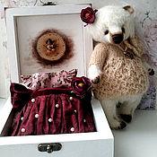 Мягкие игрушки ручной работы. Ярмарка Мастеров - ручная работа Мишель 18.5 см, платья, шкатулка. Handmade.