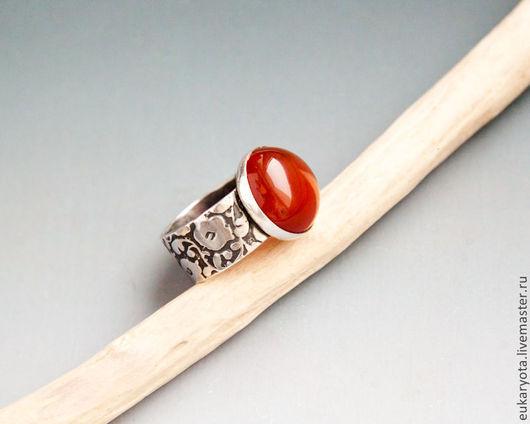Кольца ручной работы. Ярмарка Мастеров - ручная работа. Купить Кольцо из серебра с сердоликом Солнца луч. Handmade. кольцо с орнаментом