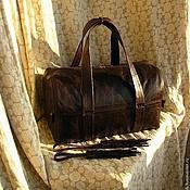 Классическая сумка ручной работы. Ярмарка Мастеров - ручная работа Сумка из натуральной кожи брутальная цельнокроеная. Handmade.