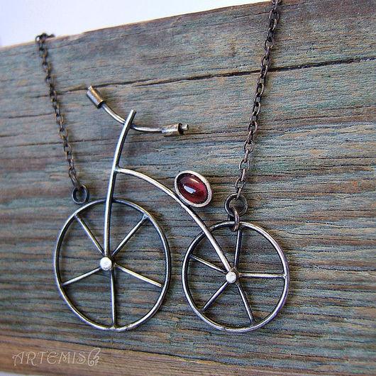 """Колье, бусы ручной работы. Ярмарка Мастеров - ручная работа. Купить Серебряное колье """"Я буду долго гнать велосипед..."""". Handmade."""