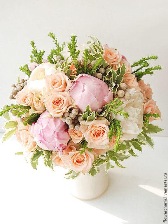 Букет невесты розово-персиковый