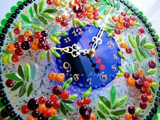Часы для дома ручной работы. Ярмарка Мастеров - ручная работа. Купить часы из стекла, фьюзинг   Рябина кудрявая. Handmade. рябиновый