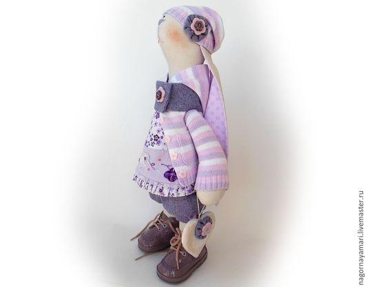 Авторская текстильная кукла зайка Сиреневый цвет Тильда заяц кролик Для детской комнаты Зайка девочка сиреневая