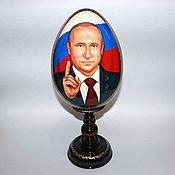 Подарки к праздникам ручной работы. Ярмарка Мастеров - ручная работа Портрет В. Путина (пасхальное яйцо). Handmade.
