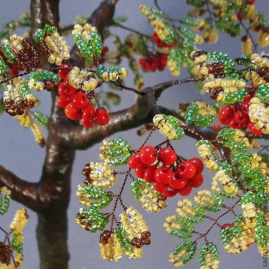 Дерево из бисера Рябина `Костер рябины красной...` Интерьерная композиция. Осень.  Миниатюра. Авторский дизайн, ручная работа. Сад на ладони. Ярмарка мастеров.