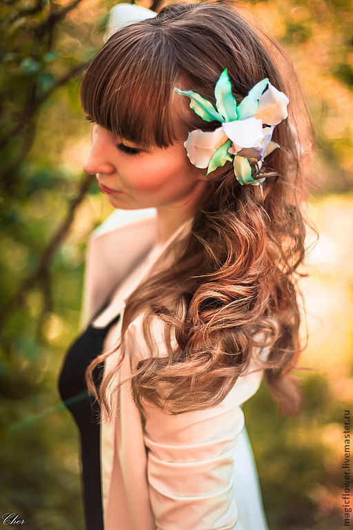 Заколки ручной работы. Ярмарка Мастеров - ручная работа. Купить Заколка для волос, брошь цветок Ирис. Цветы из ткани.. Handmade.