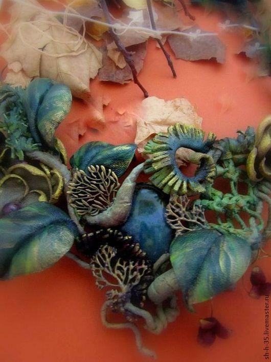 """Колье, бусы ручной работы. Ярмарка Мастеров - ручная работа. Купить Колье из кожи """"Там, где лягушки - царевны"""". Handmade."""