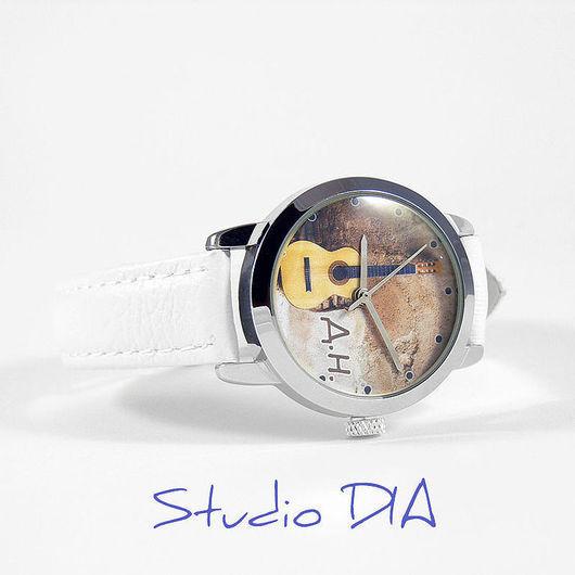 Часы Под Заказ - Гитара Классическая Именная. \r\nЧасы с индивидуальным дизайном под заказ.\r\nСтудия Дизайнерских Часов DIA.