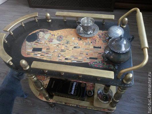 """Мебель ручной работы. Ярмарка Мастеров - ручная работа. Купить Сервировочный столик """"Поцелуй"""" Г.Климт. Handmade. Столик сервировочный"""