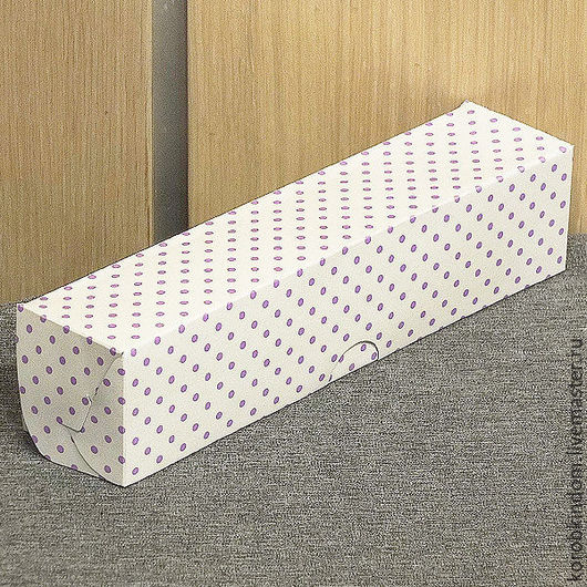 Упаковка ручной работы. Ярмарка Мастеров - ручная работа. Купить Коробка 22х5х5 белая в горошек сиреневый для макарун. Handmade. Коробочка