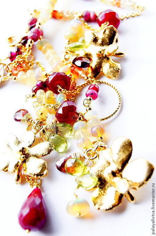 Колье, бусы ручной работы. Ярмарка Мастеров - ручная работа. Купить Колье Цветы Ямабуки. Орхидея. Опал, сапфир, корунд, хризолит, гранат.. Handmade.